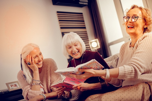 Ways Aging Adults Can Benefit from Joining a Book Club in Sacramento, CA